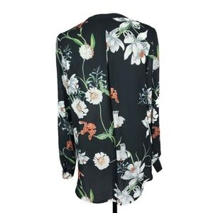 Simply Styled Tops - Simply Styled Black Floral Blouse Size Large